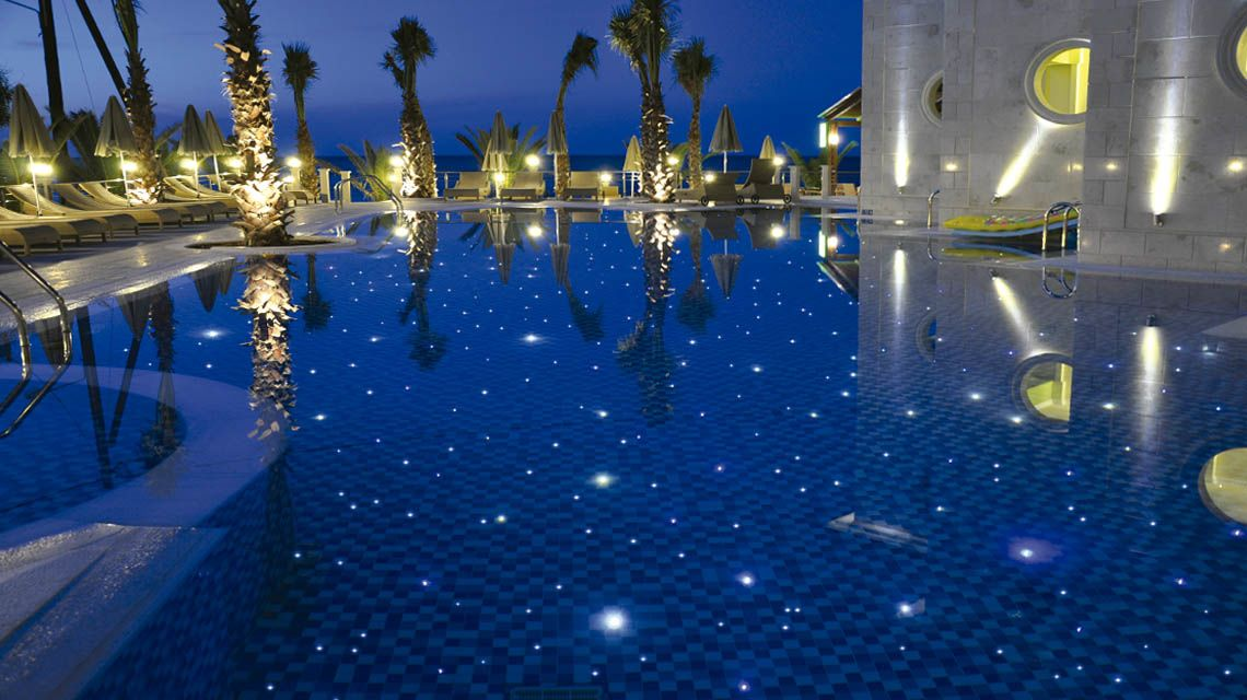 Swimming pool fiber optic lighting in UAE
