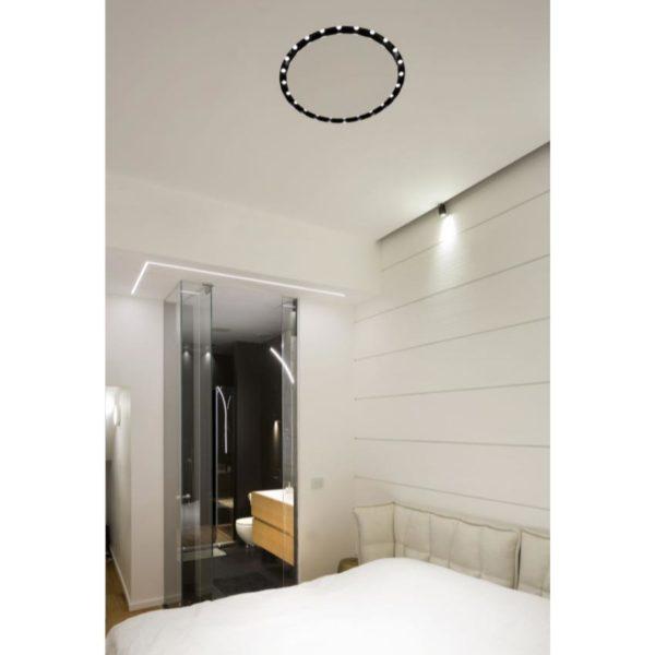 Built in ceiling lamp in an bedroom