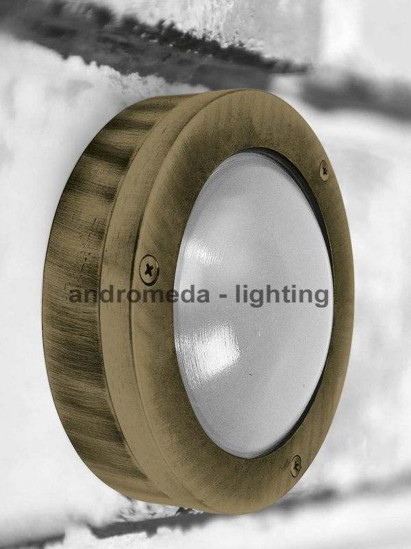 circle flat outdoor lamp