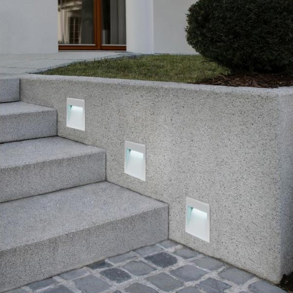 outdoor step lights for staircase