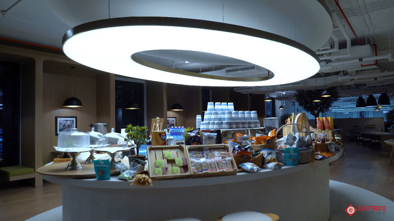 Modern feature lighitng for a hotel dining catering