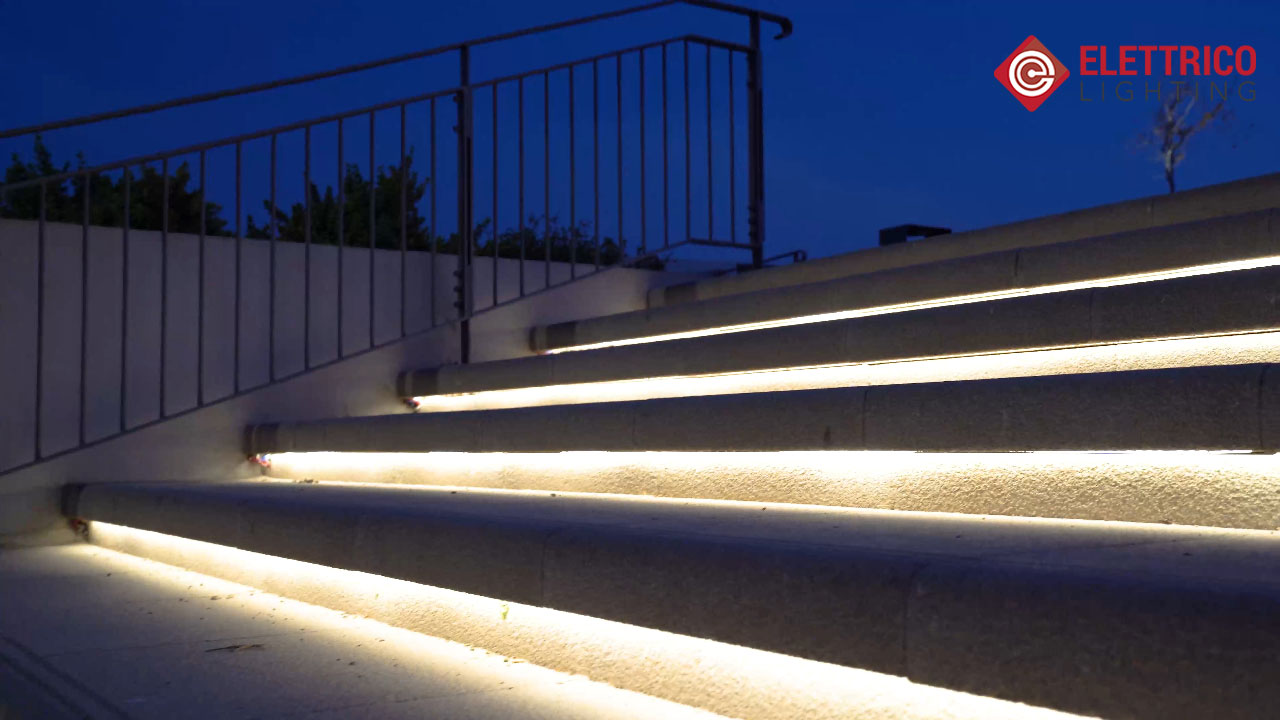 Outdoor staircase lighting